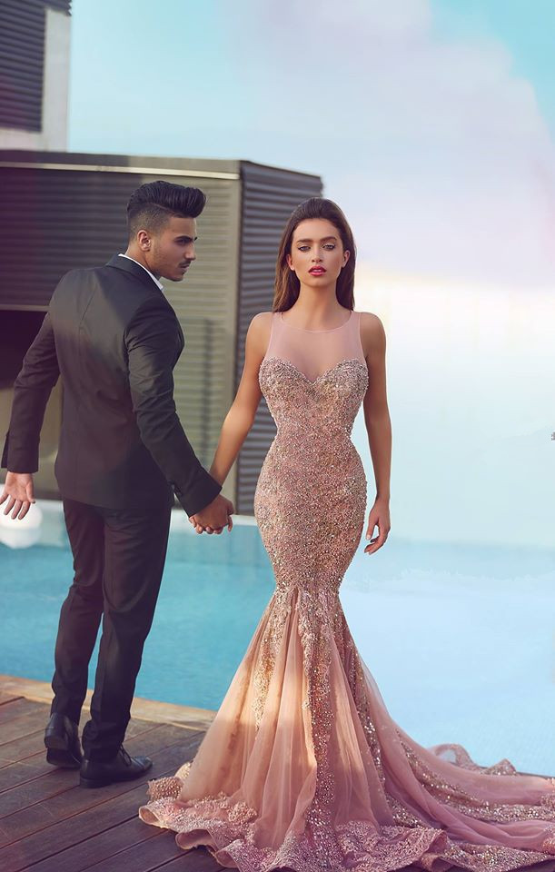2016 New Sexy Sweetheart Sleeveless Beaded Appliques Evening Party vestido  de festa Sparkle Champagne Mermaid Prom Dress-in Prom Dresses from Weddings  ... 2ed280d12b02