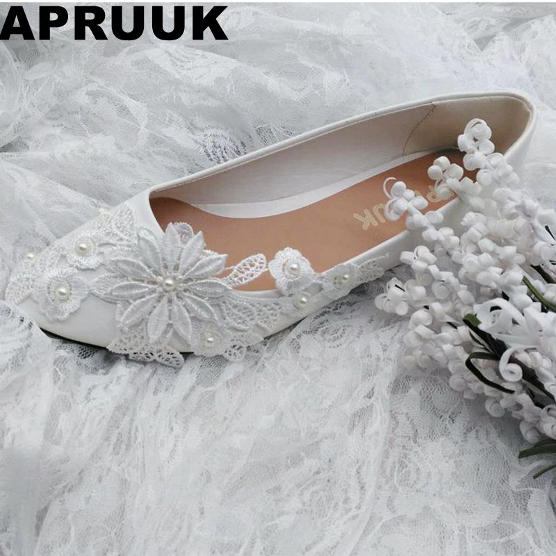 SALES PROMOTION! Ivory lace flower flats wedding shoes women's flat heel bridal wedding shoes plus size drop shipping extra large plus sizes 41 42 43 flats wedding lace shoes womens female woman bridal flat heel wedding flats shoes large sizes