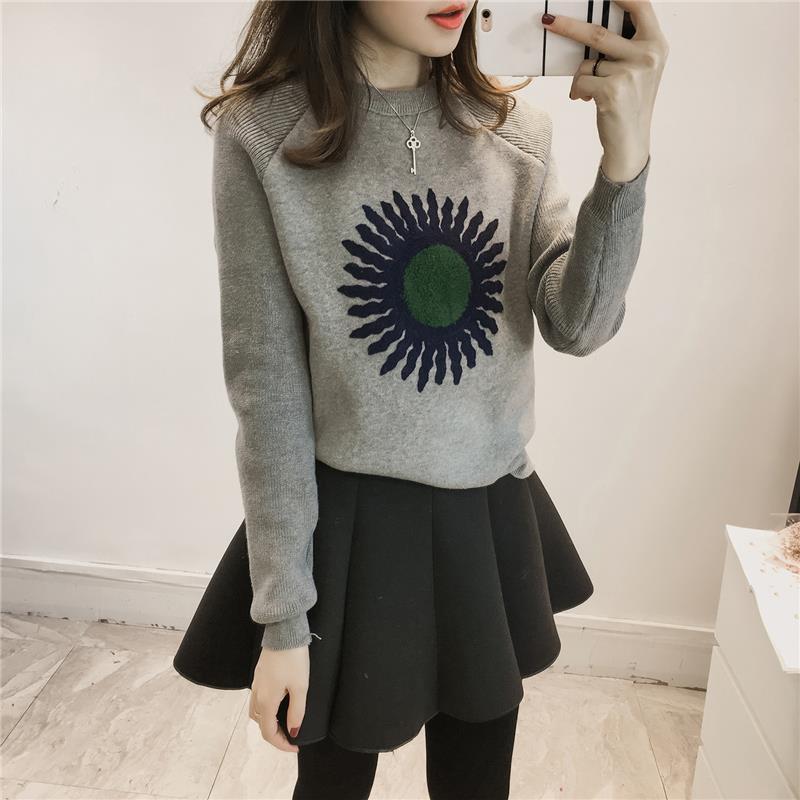 Здесь продается  Vrouwen Women Autumn Winter Tutu Loose Embroidery Korean Knitwear Long Sleeve Short Corto Tops Sweater And Skirt Two Pieces Set  Одежда и аксессуары