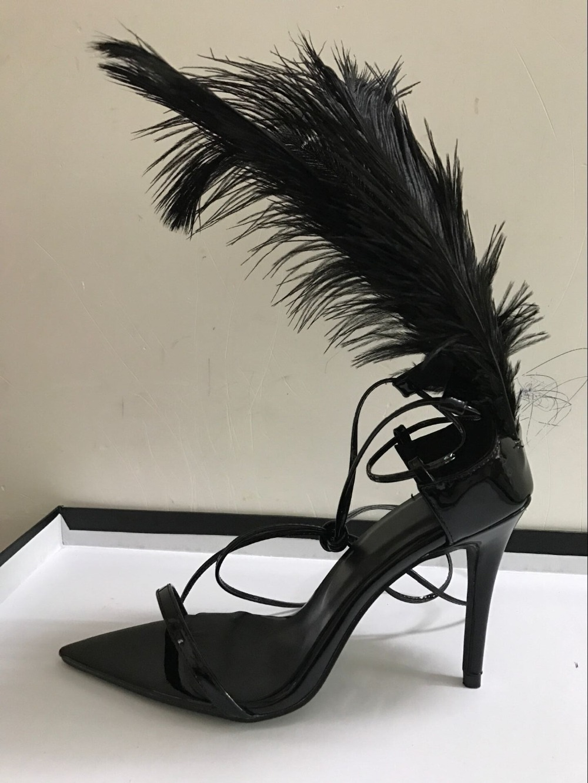 Poilu T 10 De Spectacle Talons 2018 Embelli Sandales Super Sandalia Black Gladiateur Mariage Haute Cm Chaussures Feminina Femmes Plume Piste 0wFn67