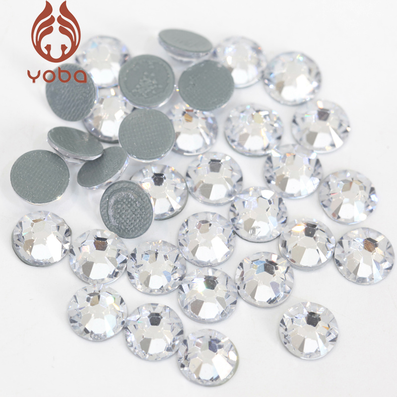 2028 High-Quality SS4-SS34 Clear Glass Hot Fix Rhinestone Flatback Glass  Hotfix Rhinestones Iron On For Clothes Decoration B0229 df49243c917f