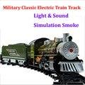 Súper militar armado clásica vía del tren eléctrico niños juguetes con sonido claro y realista de humo de vapor brinquedo menino