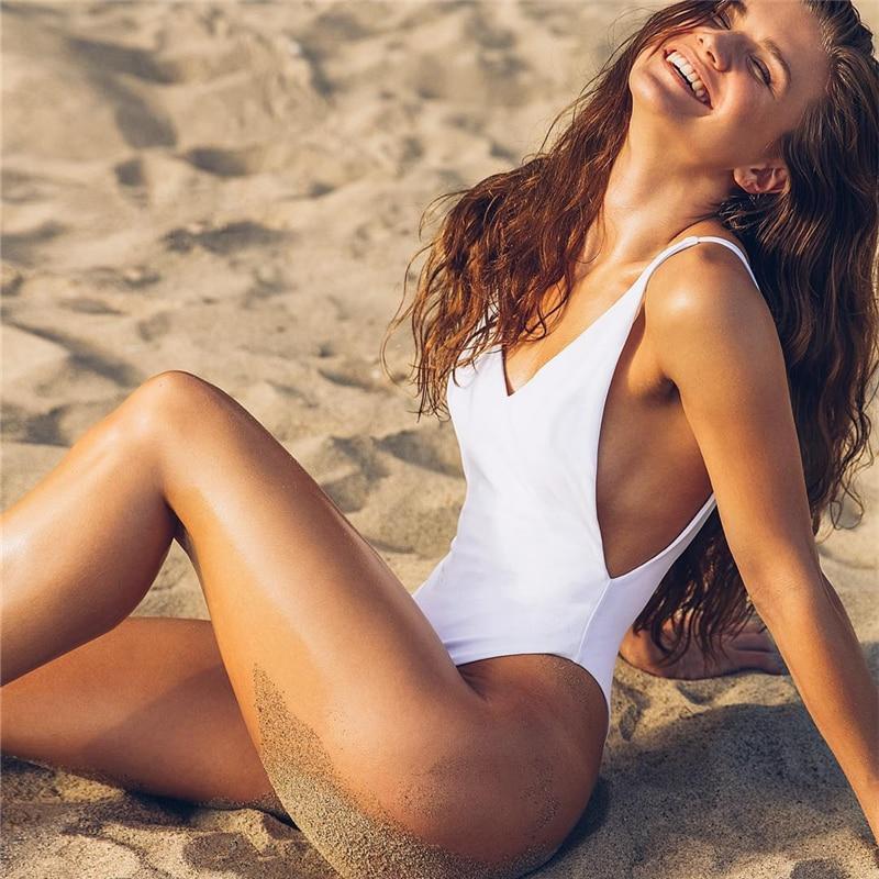Kmnovo Brand 2017 Solid One Piece Swimsuit Women Plus Size Swimwear Sexy Deep V Swimsuit Bathing Suit  Halter Monokini Beachwear one piece swimsuit cheap sexy bathing suits may beach girls plus size swimwear 2017 new korean shiny lace halter badpakken