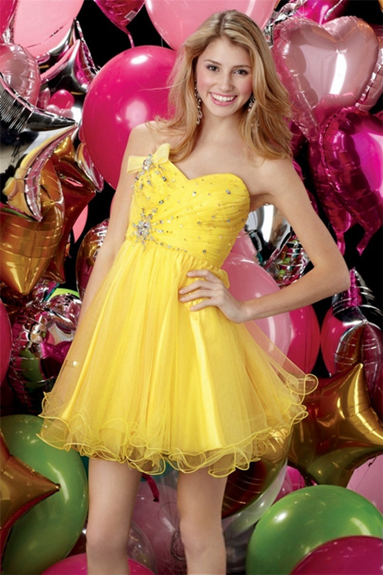 Yellow Pleated Crystal Semi Formal Dress Ruching Homecoming Dresses ...