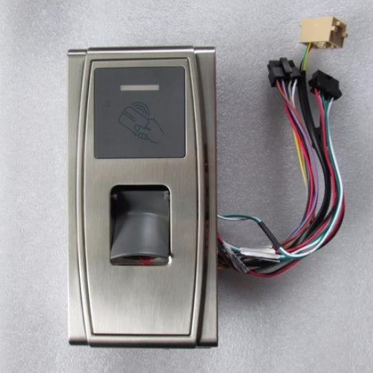 Contrôleur biométrique imperméable d'empreinte digitale et d'accès de carte de RFID de coquille en métal pour l'unité extérieure MA300