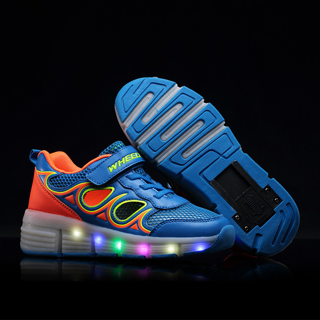 High Quality Cheap Boys Glowing Sneakers With Wheels Kids Light Up Shoes Girls Roller Skates tenis de rodinha tenis led