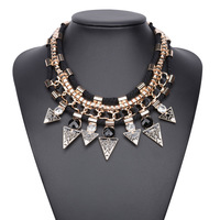 Vintage Tribal Ethnic Chunky Pendant Necklace For Women Triangle Black Gold Necklace Wholesale Vintage Jewelry YY0844
