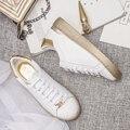 Mulheres Sapatos de Plataforma Preguiçosos Microfibra Mulher Trepadeiras Outono Flats Casual Lace-Up Mulheres Brogue Sapatos de Prata Ouro Branco