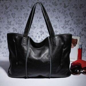 Image 2 - Zency 100% натуральная кожа сумка большая Вместительная женская сумка через плечо ретро сумка тоут Кошелек Высокое качество вместительные коричневые сумки для покупок