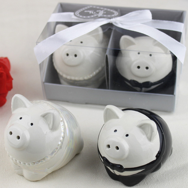 2017 Years Free Shipping Ceramic Pig Salt And Pepper Shakers Bottle Wedding Return Gifts Souvenirs Set Of 120 Bo In Storage Bottles Jars