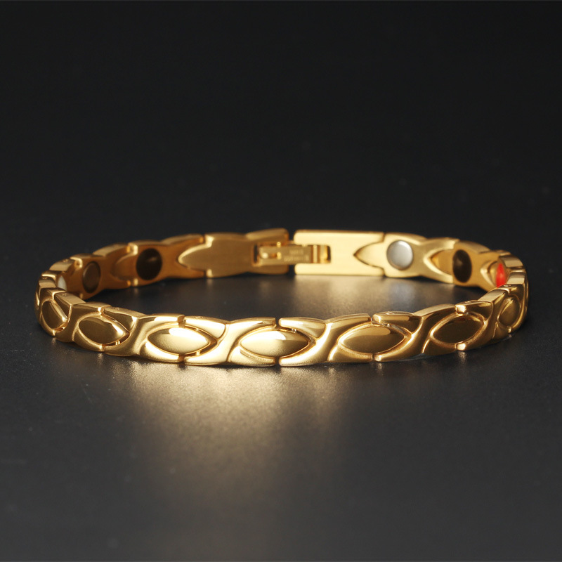 Korean Version of Simple Joker Creative Ladies Bracelet Magnet Health Ladies Titanium Steel Jewelry in Chain Link Bracelets from Jewelry Accessories