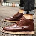 Zapatos de los hombres 2016 de La Moda de Nueva Invierno Frente de Cordones Brogue Botines Casuales Otoño Martin Botas Los Hombres de Cuña Otoño Calzado de cuero