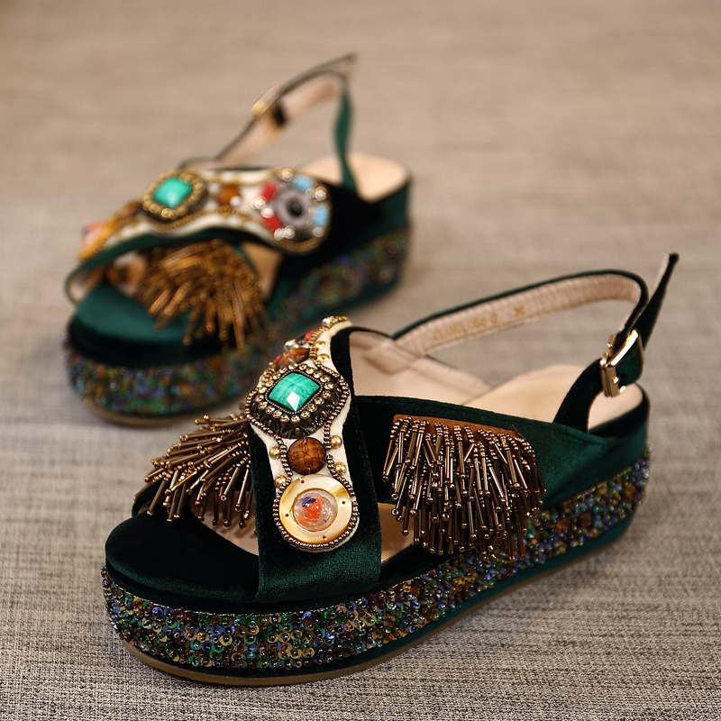 Hot New Woman Gladiator Woman Sandals Sequined Cloth Decor Wedges Heel Woman Shoes Tassel Embellish Crystal Shoes Zapatos MujerHot New Woman Gladiator Woman Sandals Sequined Cloth Decor Wedges Heel Woman Shoes Tassel Embellish Crystal Shoes Zapatos Mujer