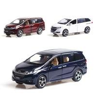 1:32 Honda Odyssey light belt pull back vehicle simulation alloy car model crafts decoration collection toy tools
