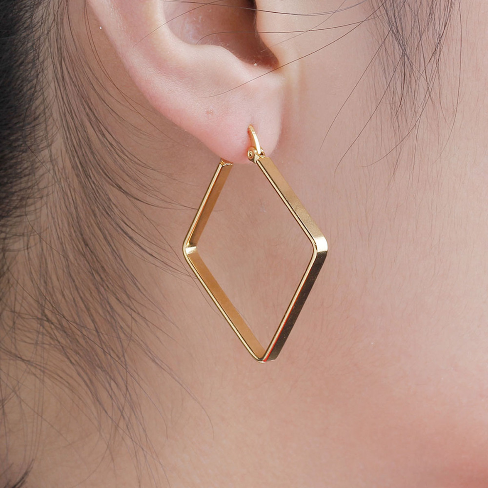 8 MUSIM 304 Stainless Steel Gadis Hoop Earrings Wanita Mode Earrings Emas warna Belah Ketupat Baru 2018 Hot Sale 38mm x 36mm, 1 Pair