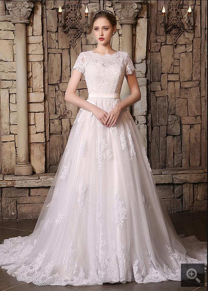 Vintage Lace Short Sleeves Modest Wedding Dresses Long A-line Scalloped Neck Vestidos De Novia Real picture bride gowns hot sale