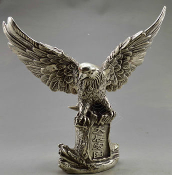 Elaborate Chinese Collectible Old Decorated Handwork Tibetan Silver Flying Eagle On Mountain Statue