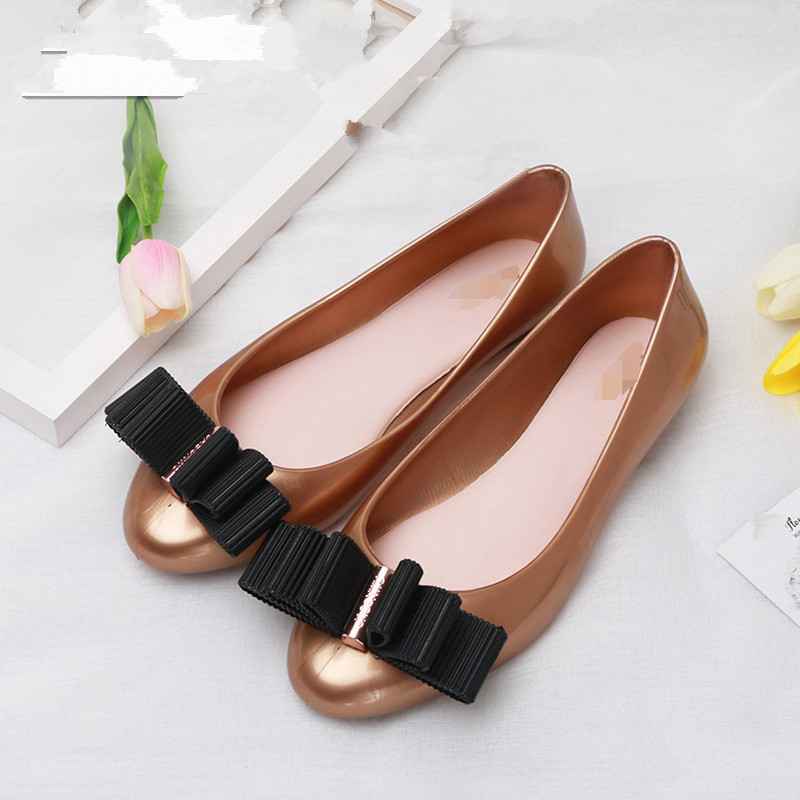 Mini Melissa Cute Bowtie Women Jelly Sandals 2018 Melissa Ladies Jelly Shoes Waterproof Sandals Mom Girls Sandals Beach Sandals in Sandals from Mother Kids