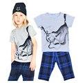 Polvo conjunto de roupas menino animal dos desenhos animados camiseta de manga curta + calça xadrez do bebé roupas crianças conjunto de roupas vetement enfant