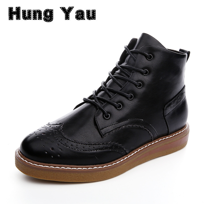цены Women Leather Vintage Fashion Brogue Boots High Quality Female Shoes  2017 Spring Autumn Style Lace-up Black Flat Plus Size US 8