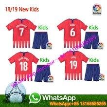 A + + CALIDAD Atlético Madrides 2018 2019 fútbol Jerseys niños Set  survetement hombre camiseta de fútbol Kit niños 18 19 envío l. fa97dbc1fb140