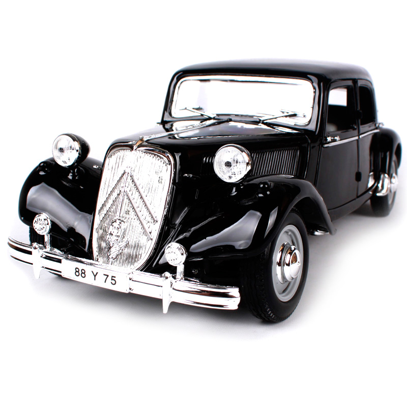 Maisto 1:18 1952 Citroen 15CV 6 CYL Retro Classic Car Diecast Model Car Toy New In Box Free Shipping 31821 maisto 1952 citroen 15cv 6 cyl 1 18 scale car model alloy toys diecasts