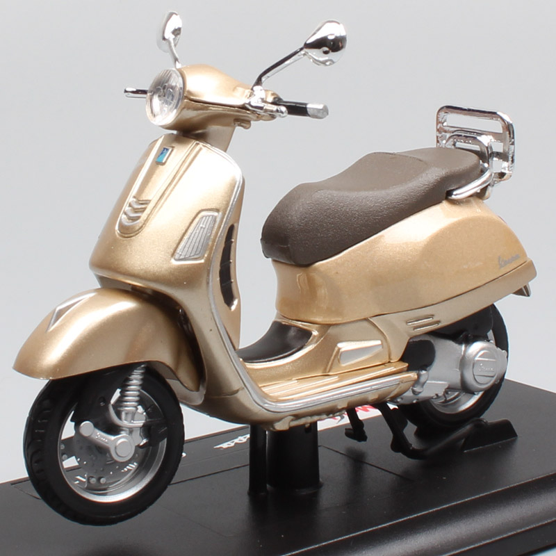 1:18 Scale Maisto Piaggio Vespa GTS 300 Scooter Motorcycle Diecast Vehicles Sports Motor Bike Toys Models For Children 2017 Gold