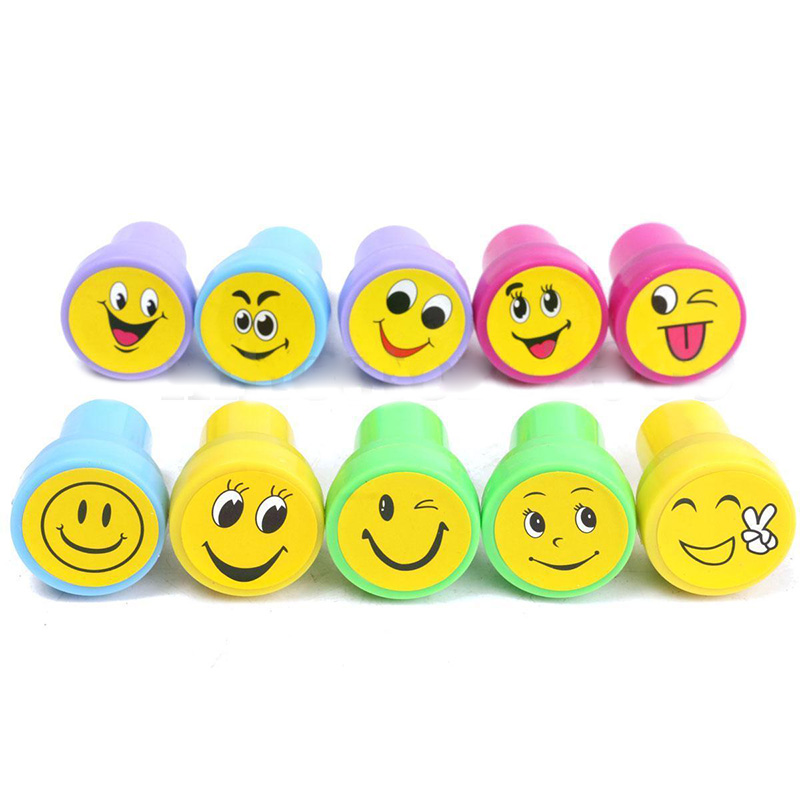 Best 10Pcs Emoji Smile Silly Face Stamps Set Stationery For Kids Gift Party Loot Bag