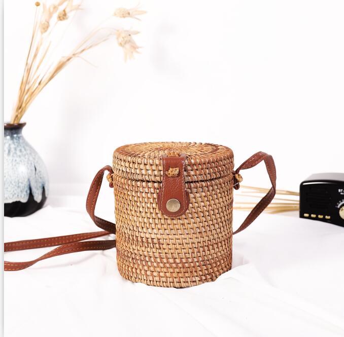 Woven Rattan Bag Round Straw Shoulder Bag Small Beach HandBags Women Summer Hollow Handmade Messenger Crossbody Bags 24