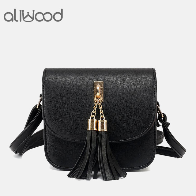 Fashion New Women Bag 2017 Females Chains Tassel Crossbody Bags Messenger  Bags Female Handbags Fringed Shoulder Bag Flap Bolsas 6ce96f7340