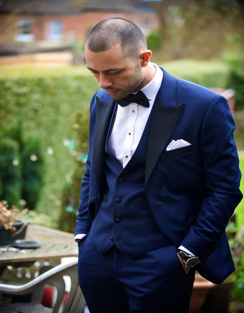 Aliexpress.com : Buy Royal Blue 2017 Groom Tuxedos Two buttons ...