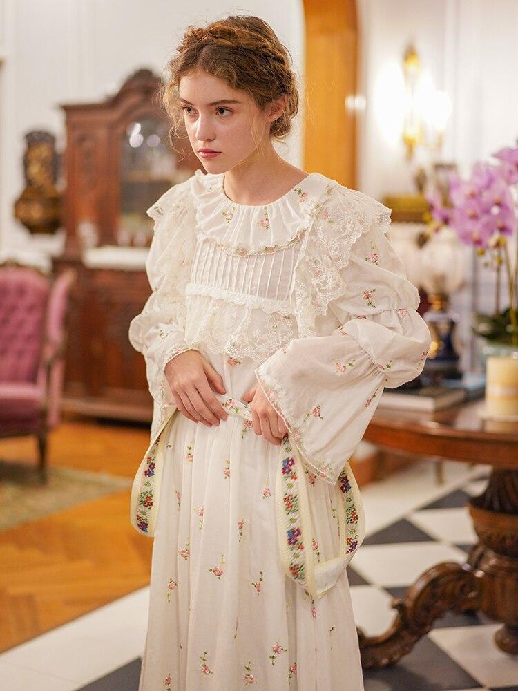 LYNETTE'S CHINOISERIE printemps été nouvelles femmes Vintage Style français Mori filles exquise fleur broderie coton chemises/Blouses