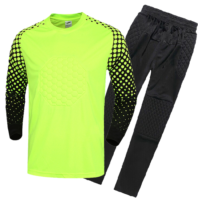 2016 17 New Kids Soccer Goalkeeper Jersey Set Men s Sponge Football Long  Sleeve Goal Keeper Uniforms Goalie Sport Training Suit ae59b467b