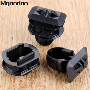 Image 5 - Mgoodoo 10set Auto Car Side Skrit Trim Clips Side Trim Fender Retainer Clips Accessories For Mercedes Benz C/E/CLK class