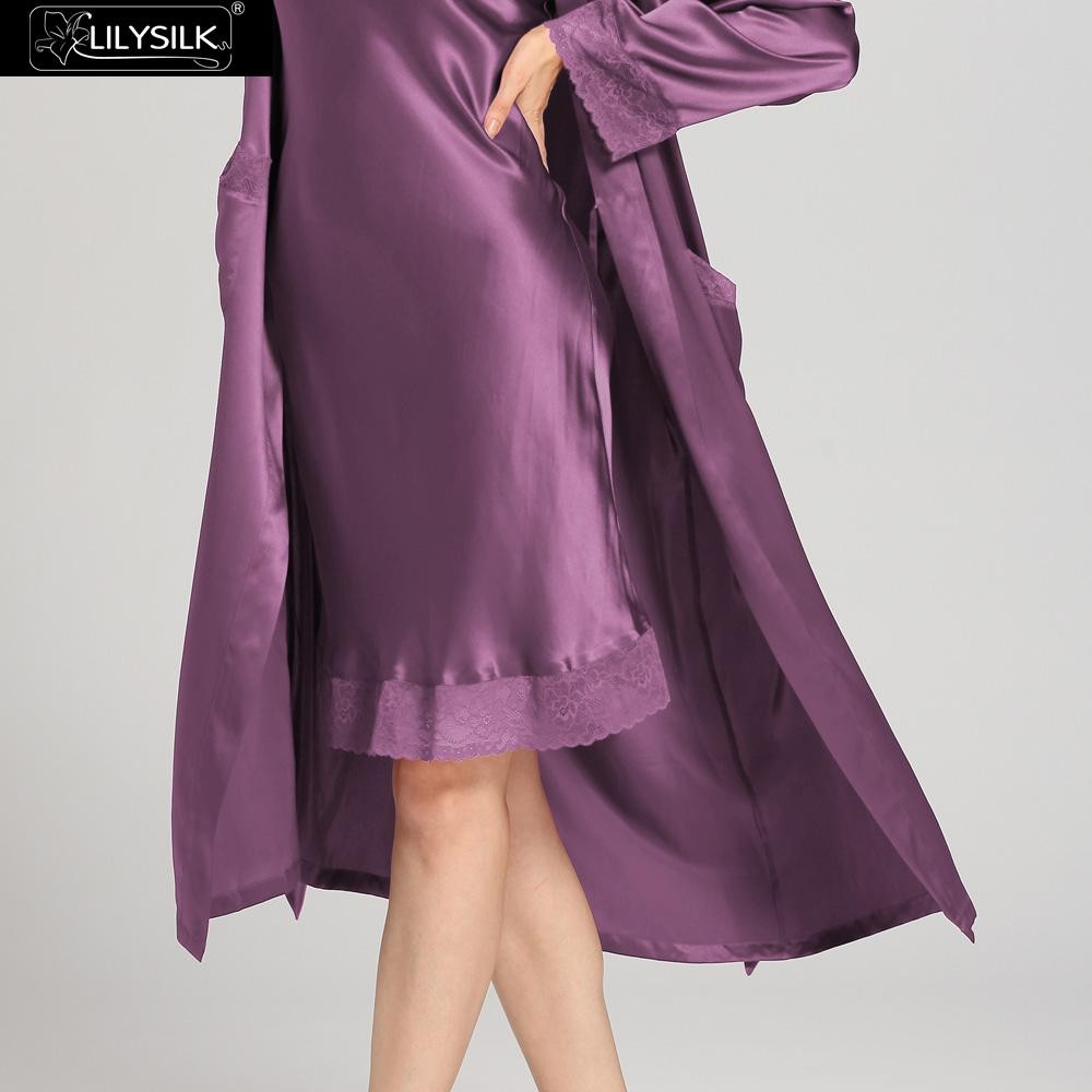 1000-violet-22-momme-lace-long-silk-nightgown-&-dressing-gown-set-03