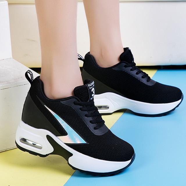 Mode Air Mesh hauteur chaussures décontractées surélevées femme respirant à lacets plate forme baskets cacher talons femmes tennis à semelles compensées XZ127