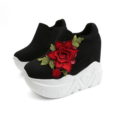 Women Vulcanize Shoes Vintage Slip on Flower High Heel Wedge Platform Women Shoes Leisure Girls Woman Walking Trainers shoes
