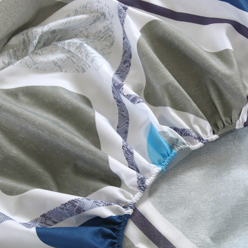 Kummiga voodilinad erinevate mustritega