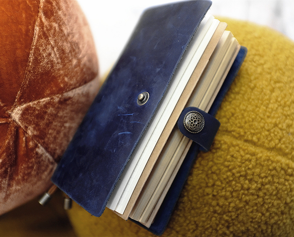 quot Joyful Idea quot Real Genuine Cowhide Leather Travel Journal Business Notebook Study Diary Kraft White Grid Papers in Notebooks from Office amp School Supplies