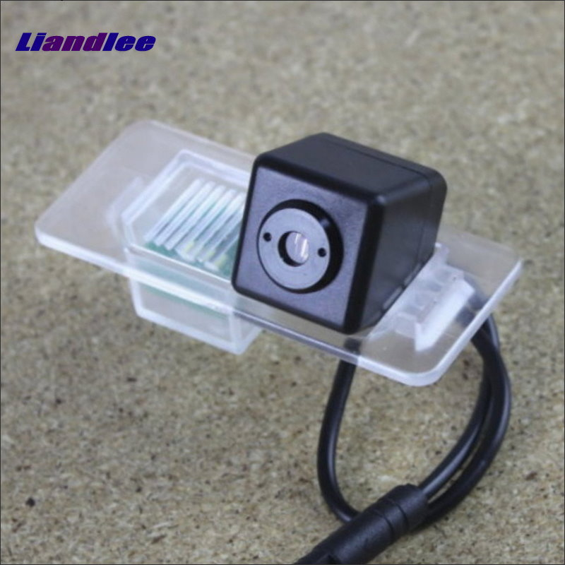 Liandlee For BMW 520i 535i 2012~2014 Car Projection Light Prevent Rear-end Collision Warning Haze Rain Fog Snow Lamps