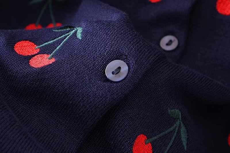 E2 осень-зима Свободные свитеры 4XL плюс Размеры женская одежда модные свободные Cherry Вышивка Вязание кардиган 7526