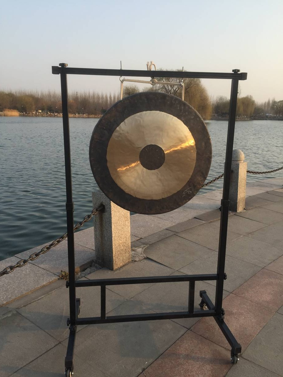 Handmade Professional Chinese 18'' Chau Gong With Gong Stand arborea 22 wind gong with free mallet chinese traditional gong