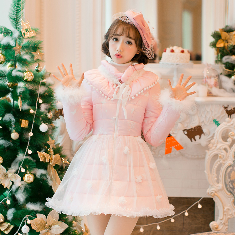 Princess sweet lolita white dress Candy rain Japanese design Sweet long sleeve Collar bow sweet cotton padded coat C16CD6232 princess sweet lolita coat candy rain original new winter japanese style rabbit fur lace bow cotton padded jacket pink coat ab02