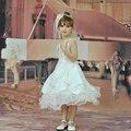 Hg Princesa Marca Niños Vestidos Para Niñas 2 t-12 t Marfil Flor Vestido de la muchacha de Cuello En V Balón vestido Con Flores Precio Barato niño