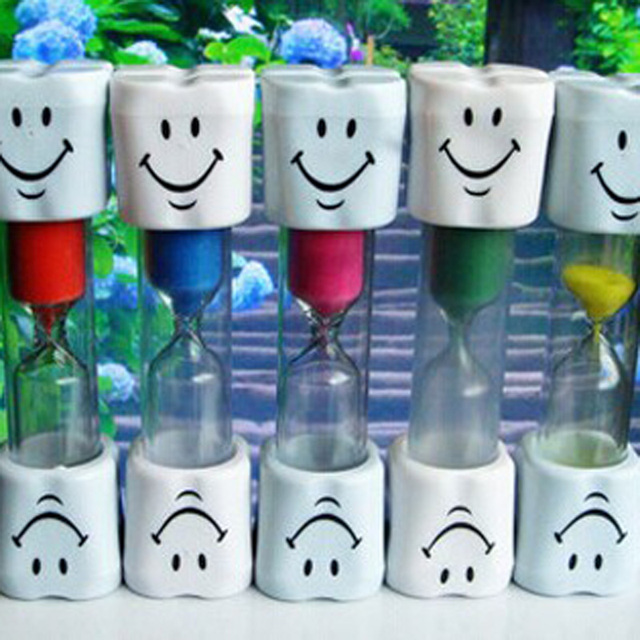 Household Multicolor 3 Minute Hourglass Kids Toothbrush Timer Smiley Sand Egg Timer 3 Minute Timer Cute