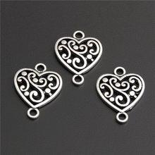 40 pçs liga de zinco forma do coração com conector de flor encantos diy jóias descobertas acessórios atacado a2744