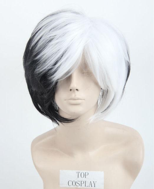 Women Deluxe Cruella Deville Black and White Hair Short Cosplay Voluminous  Bob Halloween Costume Wig 4feecc59d5
