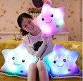 40 cm * 35 cm Luz de la Estrella Colorida Juguetes Rellenos De Almohadas Super Calidad Juguetes Populares En Las Niñas Y Los Niños Del Envío gratis
