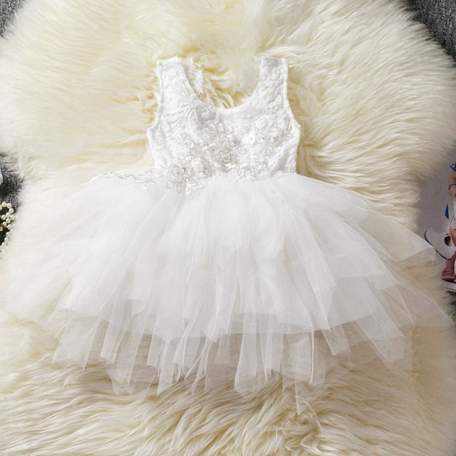 10ad385f8fa62 Robe blanche bébé fille vêtements de baptême fille 1 2 ans tenue  d anniversaire pour