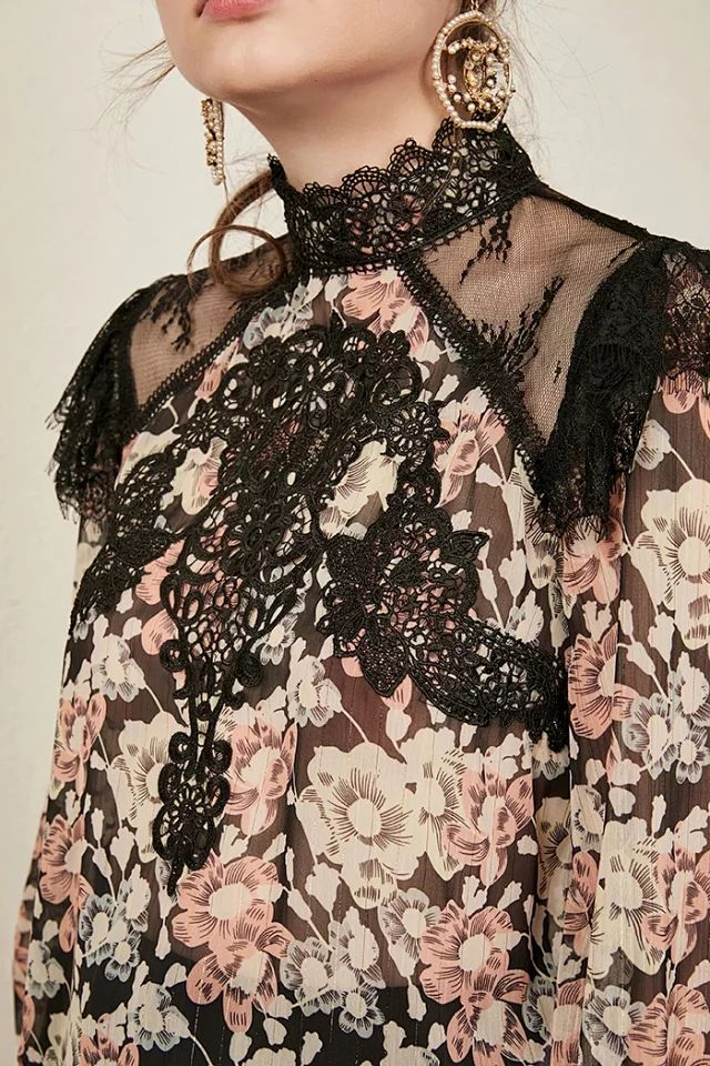 Women Shirt Spring and Summer New Lace Embroidered Openwork Print Shirt